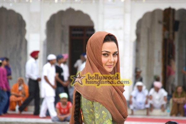 Прити Зинта / Preity Zinta Still32