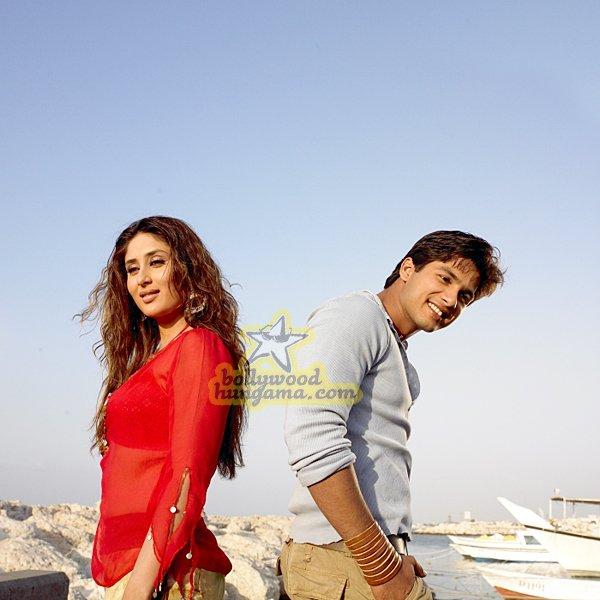 still2 - Milenge Milenge (Kareena Kapoor, Shahid Kapoor)