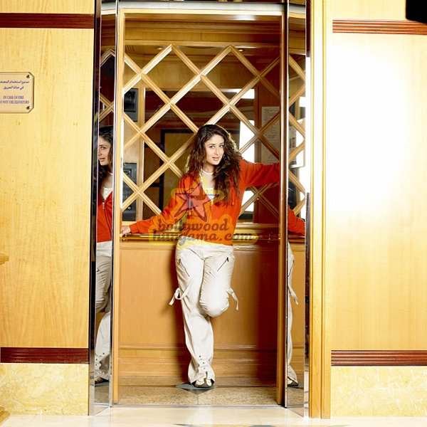 still4 - Milenge Milenge (Kareena Kapoor, Shahid Kapoor)