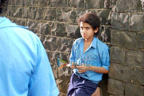 http://i.indiafm.com/stills/09/allahkebanday/still6.jpg