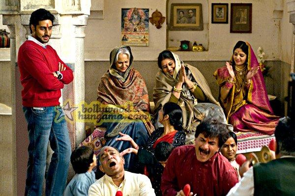 Delhi-6, Abhishek Bachchan,Sonam Kapoor,Atul Kulkarni,Divya Dutta,Om Puri,Rishi Kapoor,Waheeda Rehman,Pawan Malhotra,Supriya Pathak,Tanvi Azmi,Vijay Raaz,Deepak Dobriyal,K K Raina,Akhilendra Mishra,Sheeba Chaddha,Cyrus Sahukar,Daya Shanker Pandey,Rajat Dholakia,Khalid Mohamed,Vinayak,Aditi Rao,Indrajeet Sarkar,Geeta Agarwal,Rajiv Mathur,Geeta Bisht,Hussan,Prem Chopra,