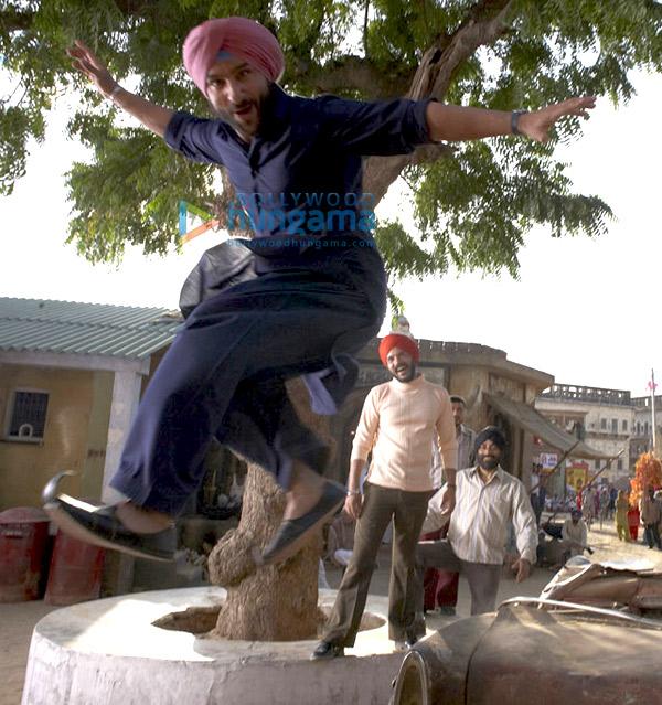 Love Aaj Kal, Saif Ali Khan,Deepika Padukone,Neetu Singh,Rishi Kapoor,Rahul Khanna,Vir Das,Raj Zutshi,