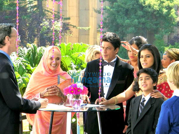 http://i.indiafm.com/stills/09/mynameiskhan/still1.jpg