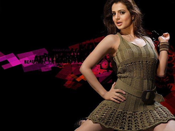 http://i.indiafm.com/stills/celebrities/amishapatel/amisha15.jpg