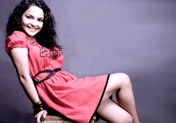 Chitrashi Rawat photos | Chitrashi Rawat wallpapers