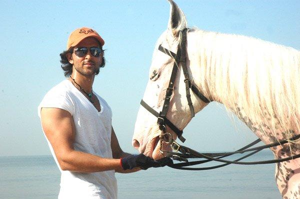 http://i.indiafm.com/stills/celebrities/hrithikroshan/hrithik81.jpg