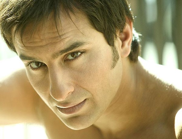 http://i.indiafm.com/stills/celebrities/saifalikhan/saif6.jpg